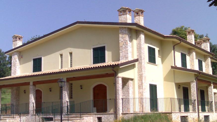 Villette trifamiliari in vendita ad Isola del Liri