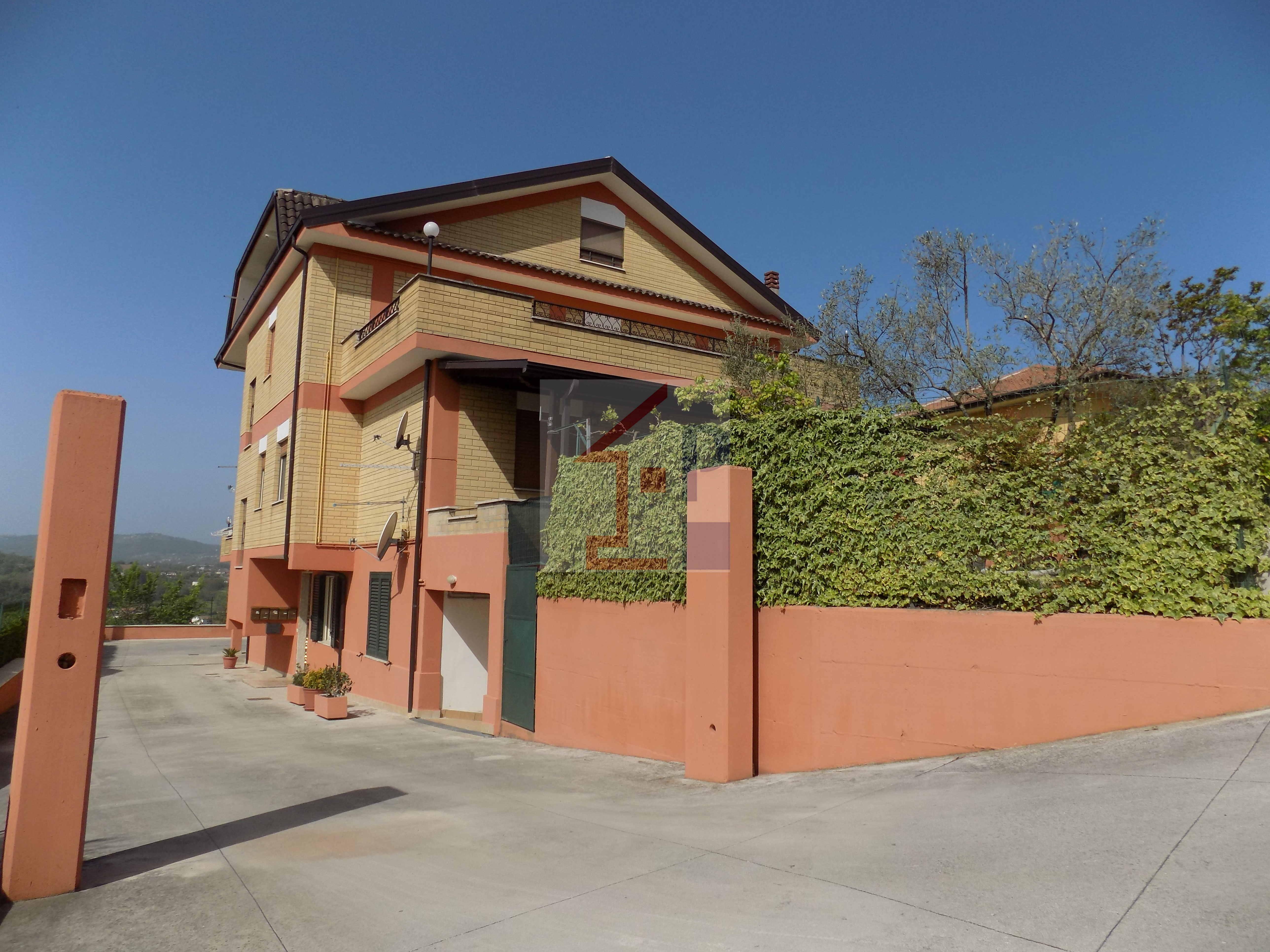 Appartamento in affitto a Castelliri