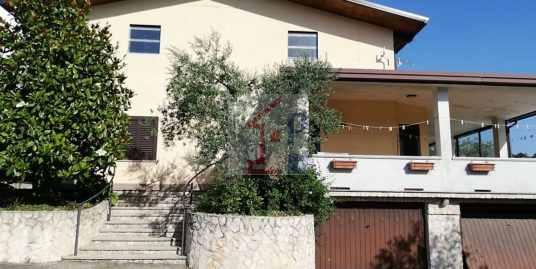 Casa indipendente in vendita ad Arpino Rif.90