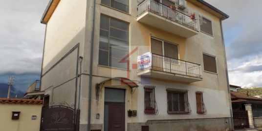 Appartamento con terrazzo in vendita ad Isola del Liri