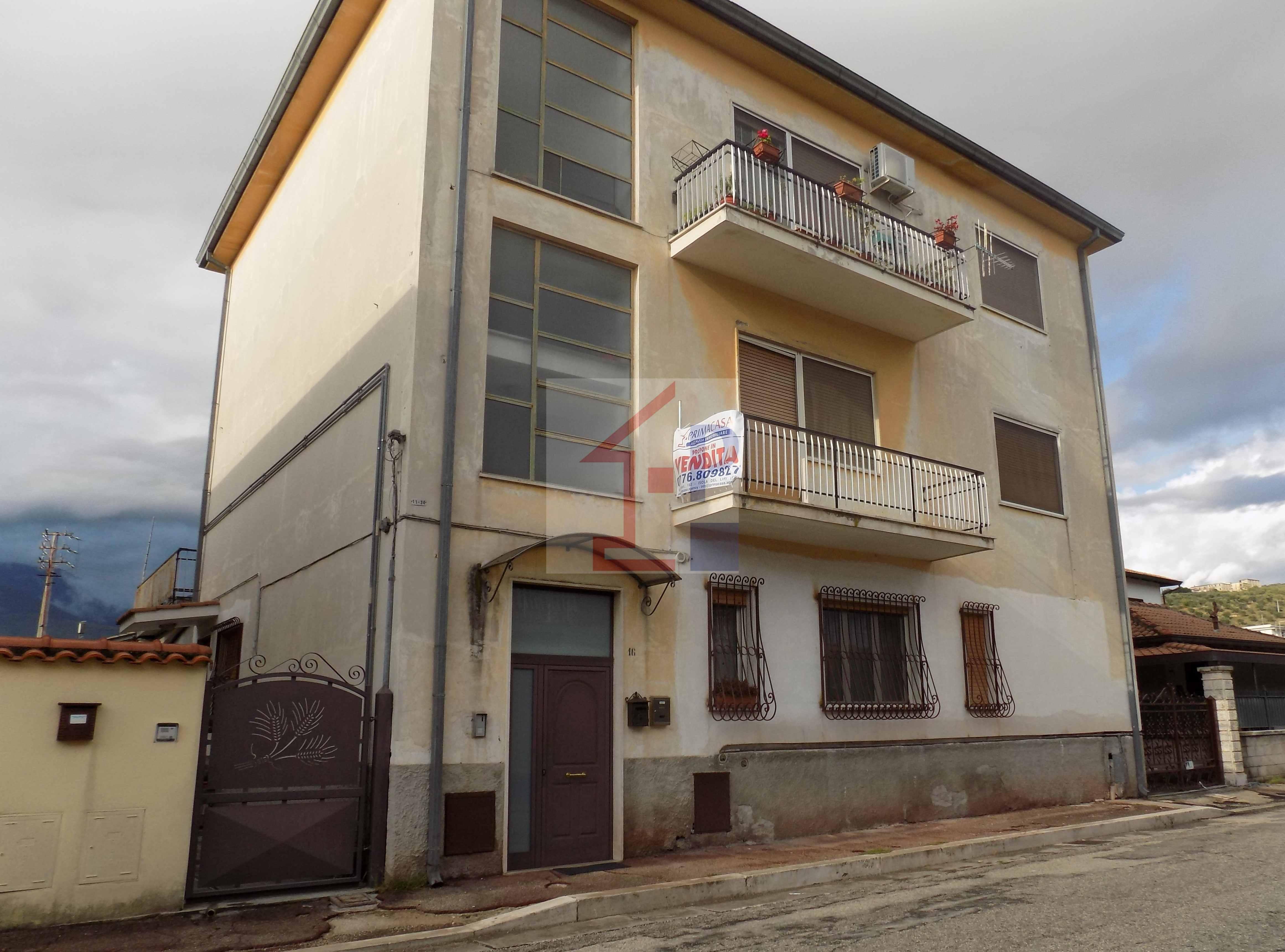 Appartamento con terrazzo in vendita ad Isola del Liri Rif.39