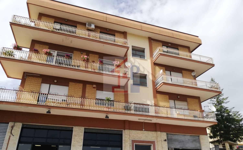 Appartamento panoramico in affitto a Castelliri