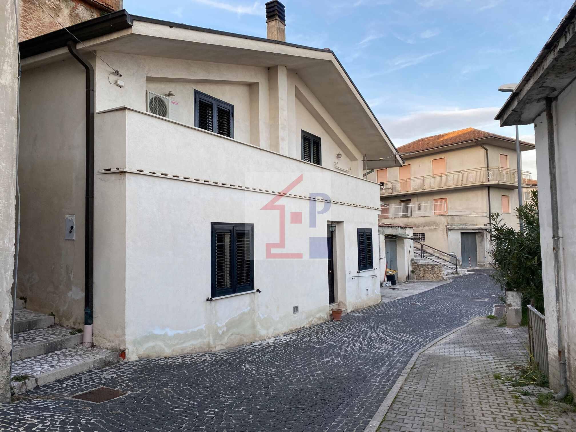 Casa indipendente in vendita a Castelliri RIF.37